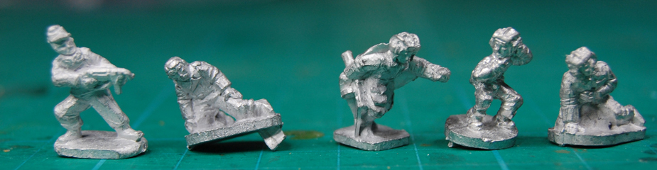 Preparing 15mm miniatures for painting